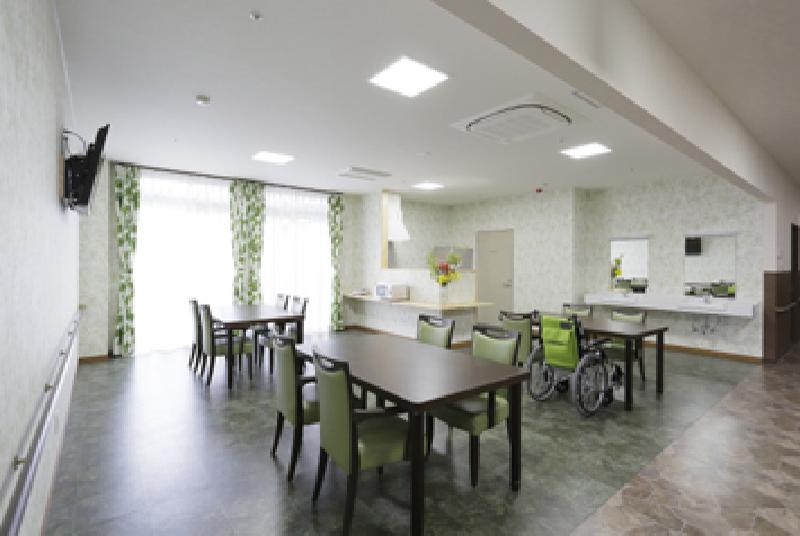 食事室(1階)